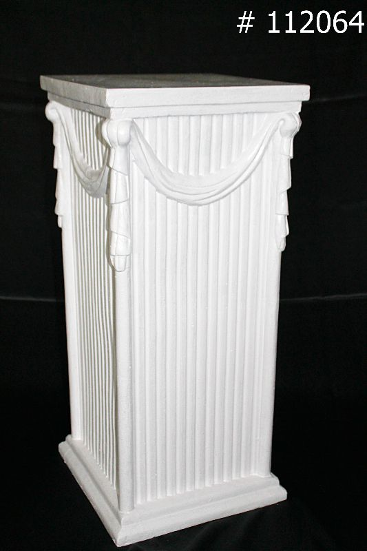Pedestal Roman with Tassle 28 Inch tall # 112064