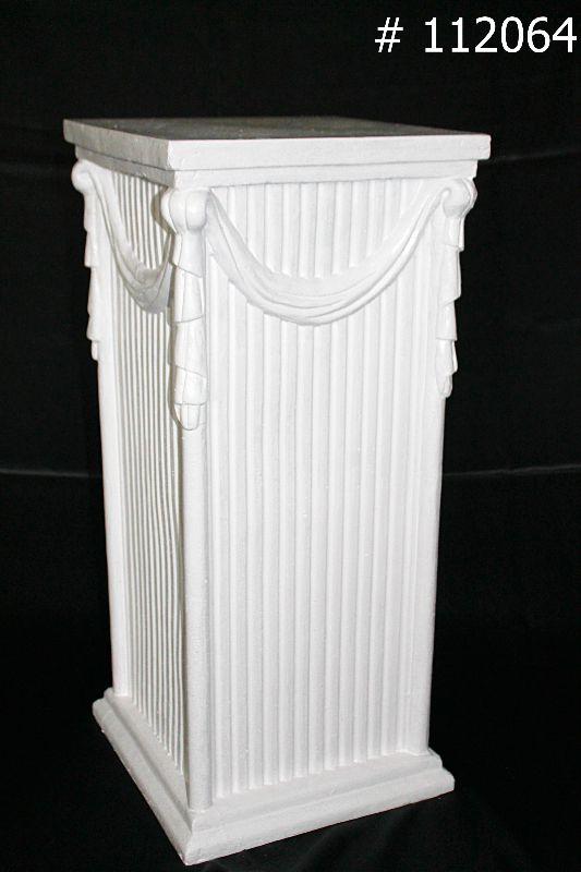 Pedestal Roman with Tassle 28 Inch tall # 112064
