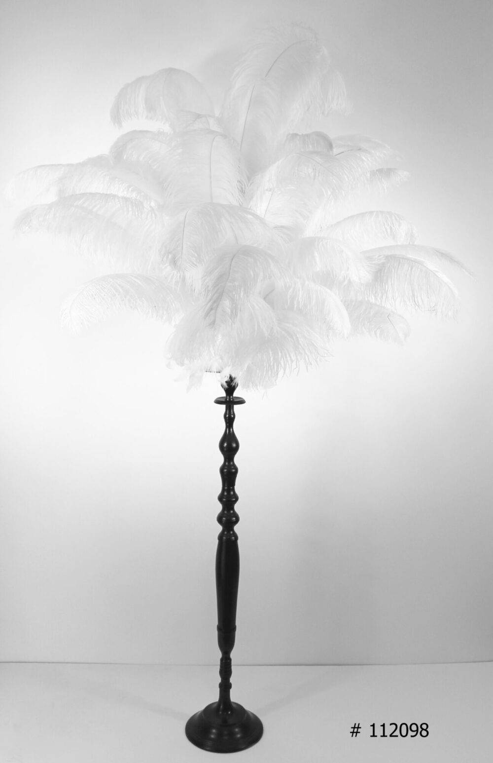 Great Gatsby's feather centerpieces